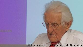 Karl-Wilhelm Wichmann, de 92 años, fue encarcelado injustamente casi diez años en los campos especiales de internamiento soviéticos. Sowjetische Speziallager