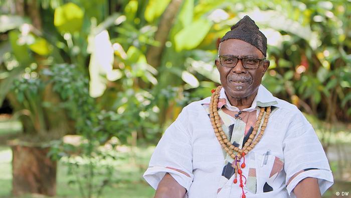 Interview mit Professor Prinz Kum'a Ndumbe III., der den Tangué seines Großvaters zurück fordert (Bild: DW)