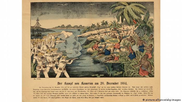 Illustration der Ereignisse von 1884: Das deutsches Kriegsschiff S.M.S. Olga beschießt Hickorytown, das Dorf von Lock Priso (Bild: picture-alliance/akg-images)