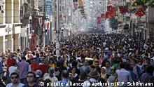Türkei Istanbul | Menschenmenge in Einkaufsstraße