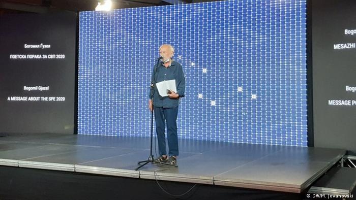 Nord-Mazedonien Bogomil Guzel , mazedonischer Dichter und Gründer der Abende der Poesie in Struga (DW/M. Jovanovski)