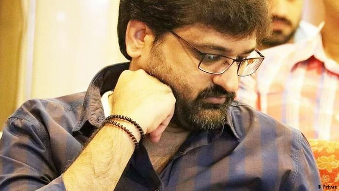DW Urdu Blogger Farnood Alam