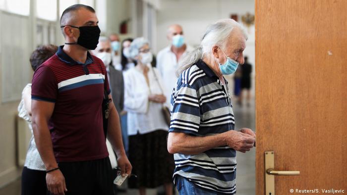 Montenegro Podgorica | Parlamentswahl (Reuters/S. Vasiljevic)