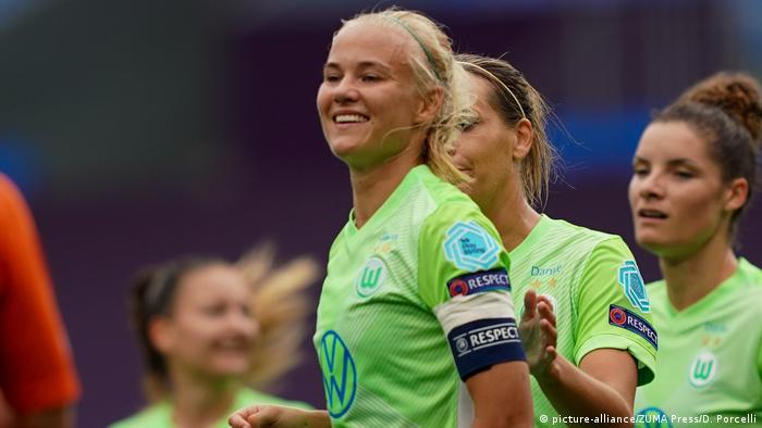 Fußball Pernille Harder