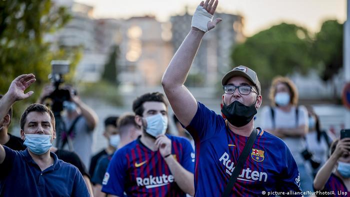 FC Barcelona fan protest