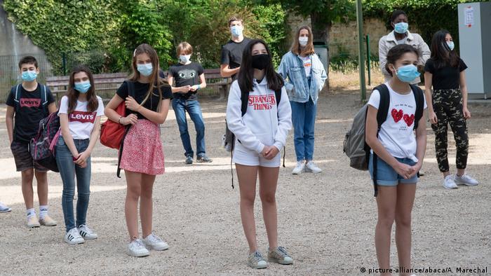 Ao contrário de outros países, como a Alemanha, a volta às aulas não terá muitas restrições na França