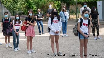 Μάσκες και στα σχολεία