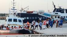 Italien Ankunft von neue Geflüchtete in Lampedusa