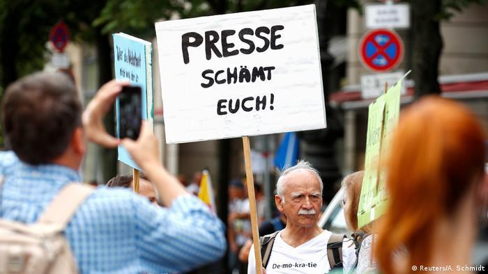 Deutschland Berlin Protest gegen Corona-Maßnahmen am 28.8.2020 (Reuters/A. Schmidt)