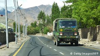 Indien Kaschmir Militär an der Grenze zu China (Getty Images/AFP)