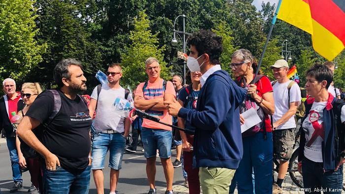 Deutschland Berlin Protest gegen Corona-Maßnahmen Jaafar Abdul Karim