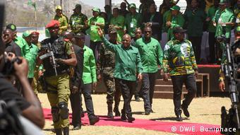 Tansania Dodoma VEröffentlichung Parteiprogramm der CCM | John Magufuli