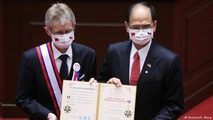 Taiwan Milos Vystrcil im Parlament