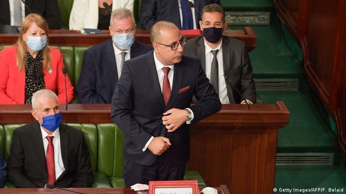 Ministerpräsident Hichem Mechichi im tunesischen Parlament