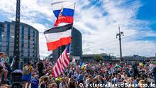 Deutschland Berlin | Coronavirus | Protest gegen Maßnahmen, Flaggen