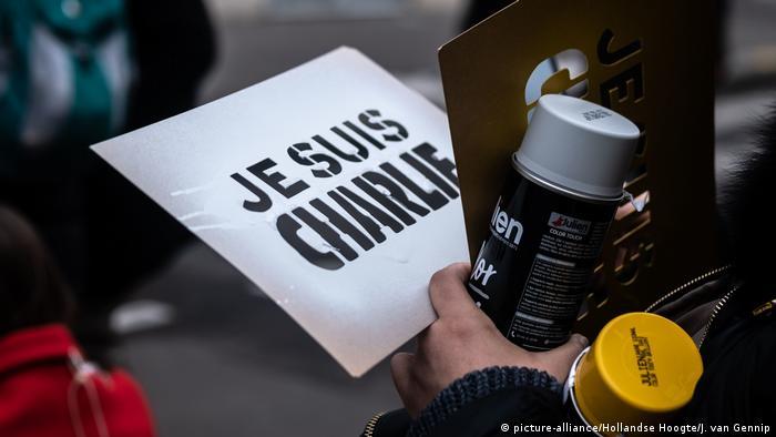 Frankreich Gedenken Charlie Hebdo | Je suis Charlie