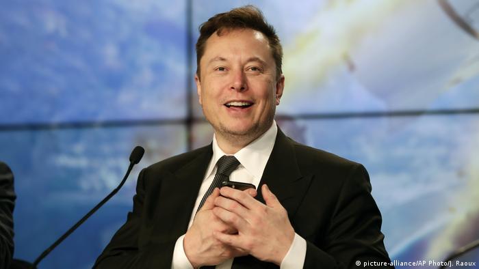 Elon Musk Neuralink Demo