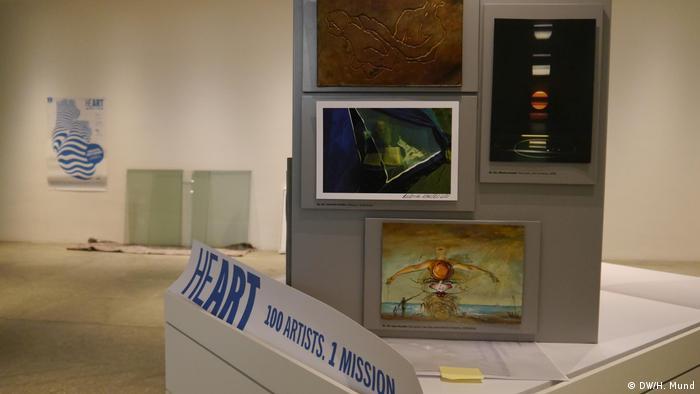 Ausstellung | Lotterie HEART - 100 artists. 1 mission