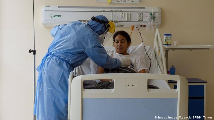 Ecuador Corona-Pandemie   Intensivstation Los Ceibos hospital in Guayaquil (Imago Images/Agencia EFE/M. Torres)