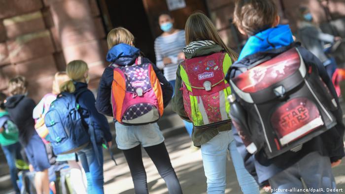 BioNTech 12 yaş altı çocuklar için de araştırmaları sürdürüyor