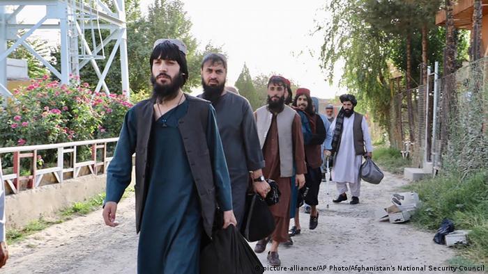 فرانس اور آسٹریلیا نے چھ طالبان جنگجوؤں کو رہا کرنے پر اعتراض کیا تھا-