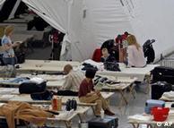 Camp  passageiros retidos no aeroporto de Munique.