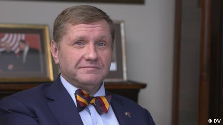 Ведущий интервью-проекта вТРЕНДde Константин Эггерт