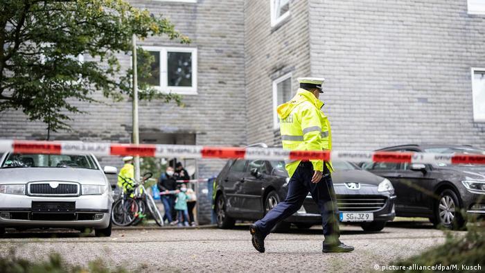 Полицейские на месте трагедии в Золингене