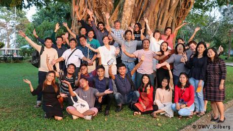 Gruppe Faktencheck Myanmar DW Akademie (DW/V. Silberg)