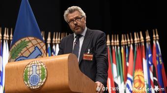 Британский эксперт по химическому оружию Ричард Гатри на заседании ОЗХО, фото 2018 года