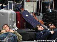 Passageiros  presos no aeroporto de Frankfurt.