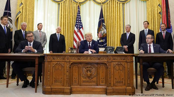 Президент Сербии Александар Вучич на встрече с президентом США Дональдом Трампом в Вашингтоном, 4 сентября 2020 года
