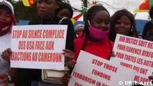 Cameroonians demonstrate against US silence on violence in Cameroon (DW/E. Asen)