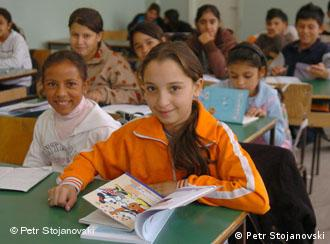 Just 42 percent of Roma children finish school in Europe | Europe