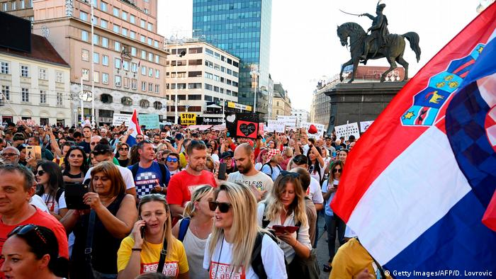 Thousands of Croatians protest in Zagreb against coronavirus prevention measures