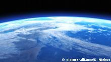 Digital 3D Illustration of a Space Scene | Verwendung weltweit