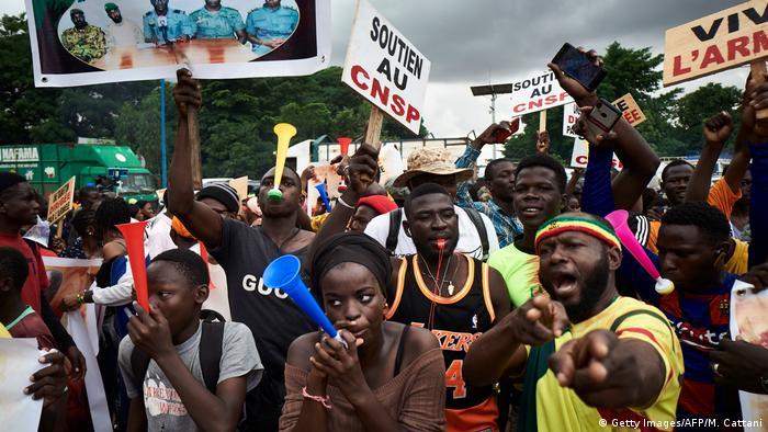 Mali CNSP Gespräche Putsch (Getty Images/AFP/M. Cattani)