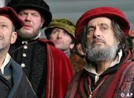 صحنهای از فیلم «تاجر ونیزی» محصول سال ۲۰۰۴ که بر اساس نمایشی از ویلیام شکسپیر ساخته شده است.