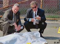 صحنهای از فیلم «قتل منصفانه» محصول سال ۲۰۰۸. این فیلم از معدود فیلمهای مشترک دو ستارهی بزرگ هالیوود، آل پاچینو (راست) و رابرت د نیرو است.