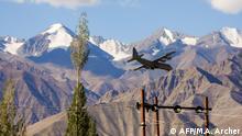Indien Ladakh Militärflugzeug in Grenzregion zu China