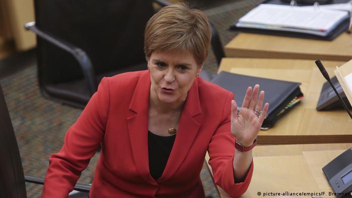 Schottland Unabhängigkeitsreferendum   Nicola Sturgeon (picture-alliance/empics/F. Bremner)