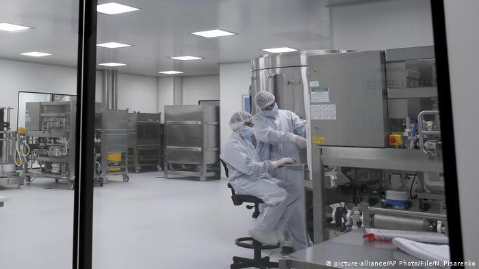 El laboratorio argentino mAbxience biopharmaceutical ensaya la vacuna desarrollada por la Universidad de Oxford y AstraZeneca