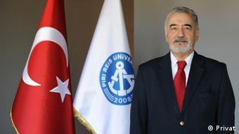 iri Reis Üniversitesi Öğretim Üyesi Prof. Dr. Kaya Ardıç