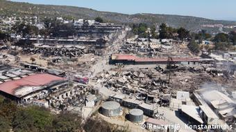 Το κατεστραμμένο προσφυγικό κέντρο της Μόριας από ψηλά