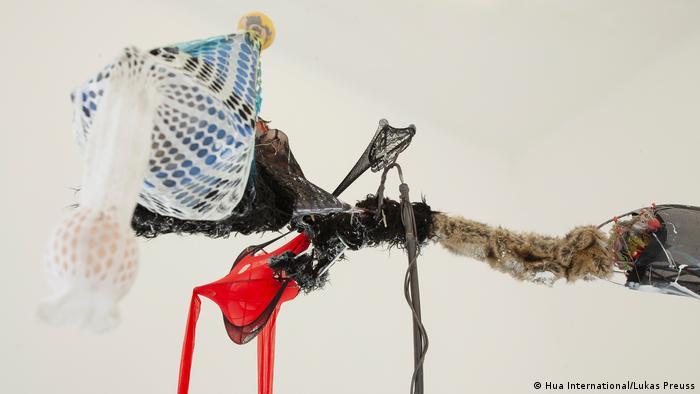 Tong Kunniao 'Red Tail Double Eggs Bird': a sculpture made of found objects (Hua International/Lukas Preuss)
