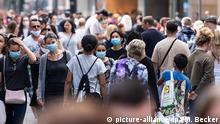 Coronavirus | Deutschland Köln Einkaufsstraße Schildergasse