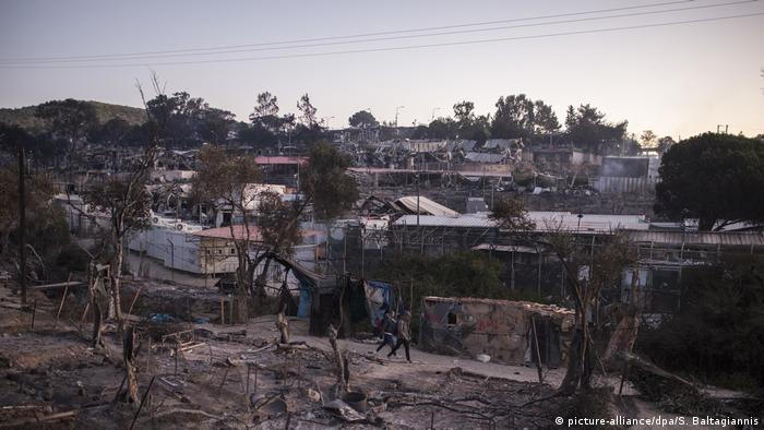 اقامتگاه پناهجویان در جزیره لسبوس پس از آتشسوزی: بیش از ۱۲ هزار نفر بیسرپناه شدند