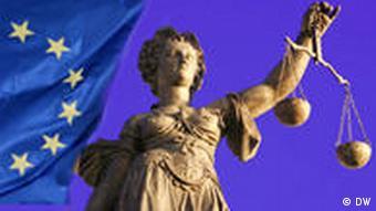 EU-Flagge und Justizia (Grafik: DW)