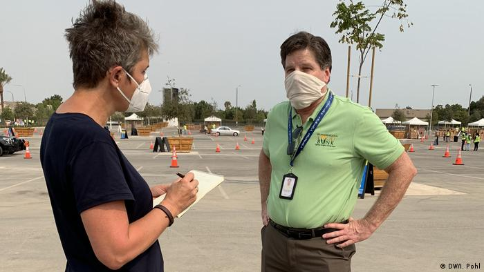 DW reporter Ines Pohl talks to Michael Flood