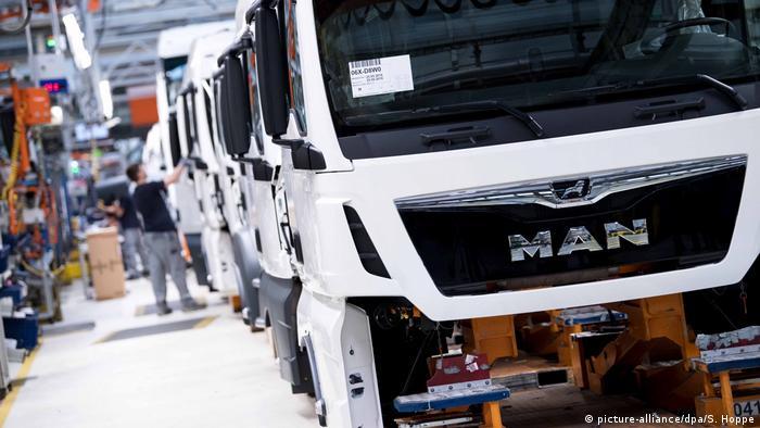Producent samochodów ciężarowych i autobusów MAN planuje ostrą redukcję miejsc pracy
